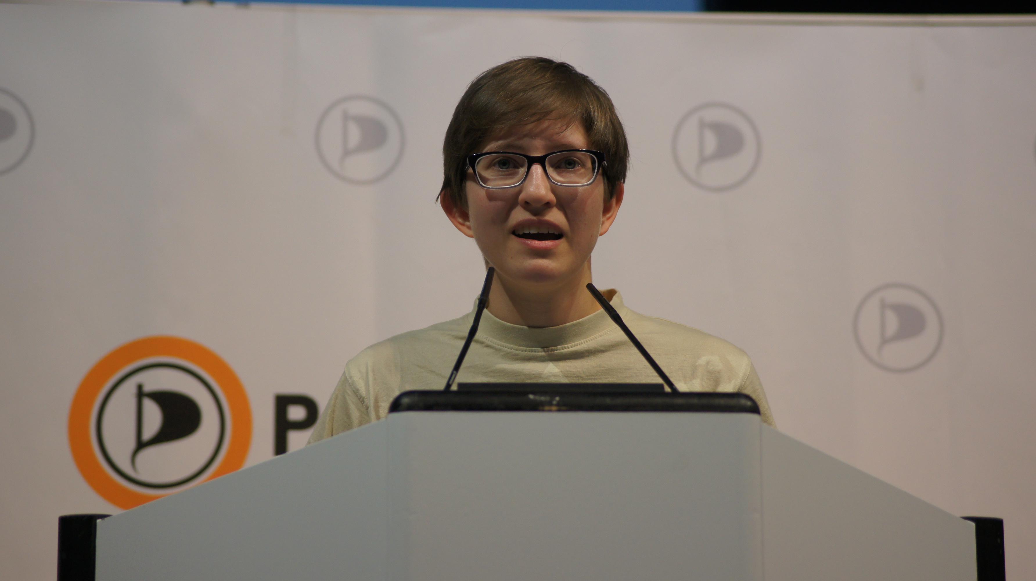 Julia Reda bei der Aufstellungsversammlung zur EU-Wahl (Bild: Werner Niedermeier)